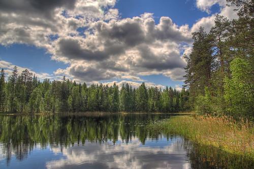 sky reflection water clouds forest landscape pond swamp hdr mäntsälä tonemapped tonemap 3exp handheldhdr ahvenlampi