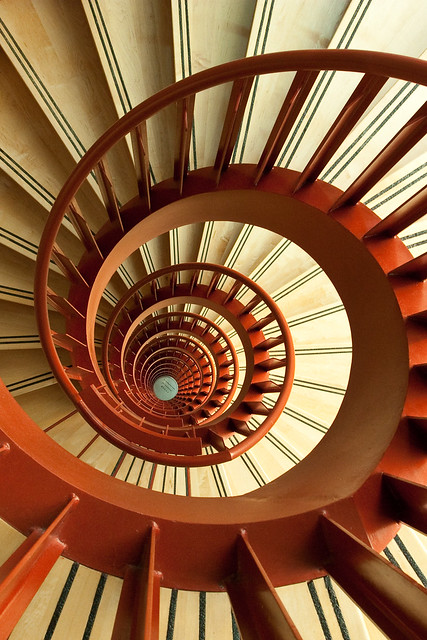 Spiral out keep going flickr photo sharing - Escalera en espiral ...
