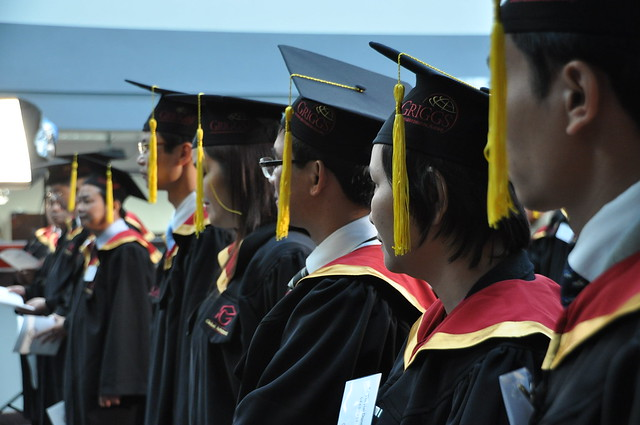 Griggs University graduates 28 MBA students from Vietnam