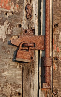 Rusty door fittings
