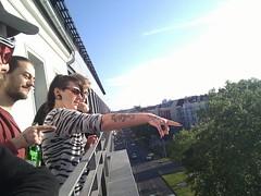 besser als jede soap... schau mal die, schau mal da #balkoncrowd