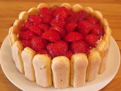 strawberry pie(0.0), plant(0.0), produce(0.0), cherry pie(0.0), raspberry(0.0), pastry(1.0), baking(1.0), strawberry(1.0), baked goods(1.0), tart(1.0), fruit(1.0), food(1.0), dish(1.0), dessert(1.0),