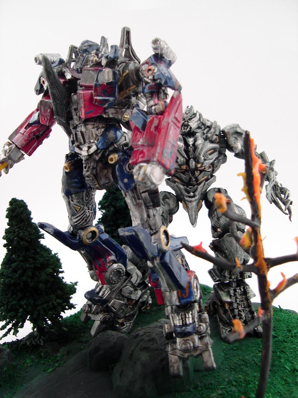 Transformers 2 Megatron Vs Optimus Prime Forest Fight ...
