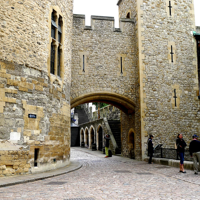 london tower of london interior yard flickr photo sharing