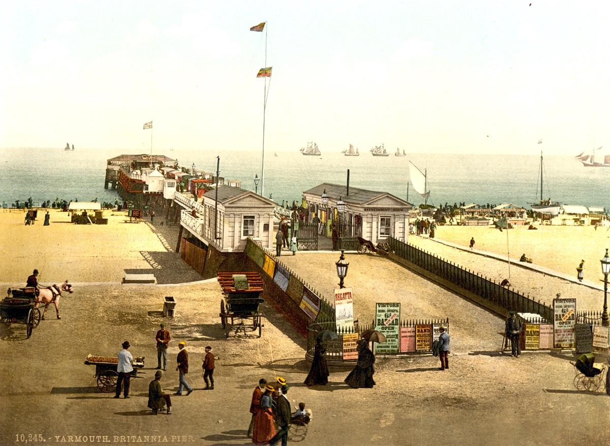 Great Yarmouth Britannia Pier, England, 1895