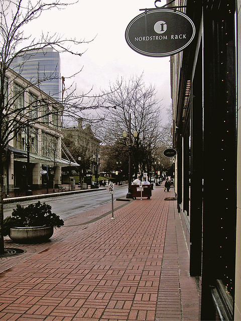 Pdx streetscape with great sidewalk paver for Furniture zone sidewalk