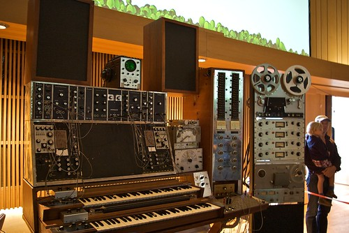 Max Brand Synthesizer 1957 by travel2music