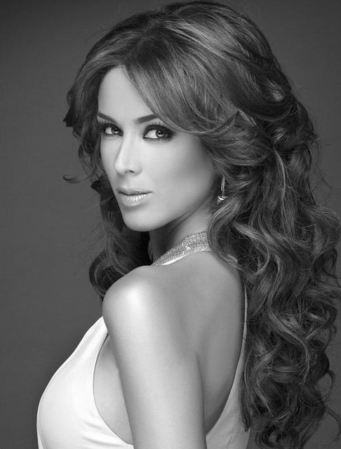 Jacqueline Bracamontes - Wallpaper Colection