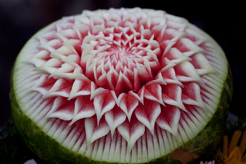 Thai Fruit and Vegetable Carving by clayirving