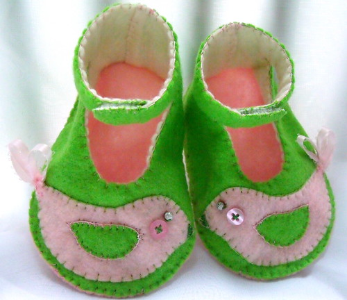 pink green PBK Penelope bird baby booties 6