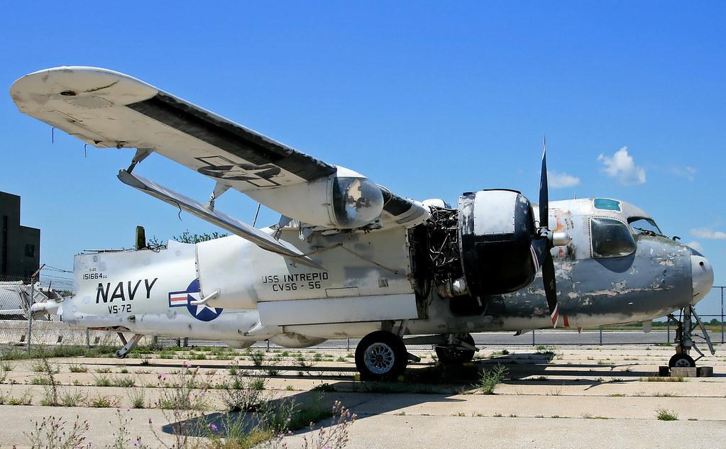 Grumman S-2E Tracker (151664)