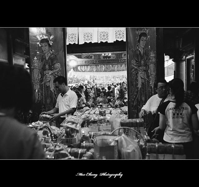 20090823 ~黑白底片隨拍 25/25 之【開隆宮十六歲成年禮】
