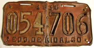 MEXICO, HIDALGO 1936 ---THE WORLD'S FIRST REFLECTORIZED LICENSE PLATE ISSUE--- PIC#1 FRONT VIEW