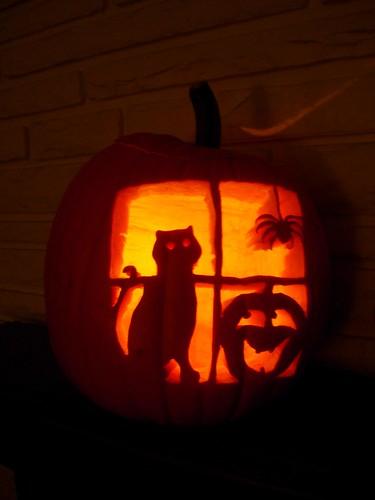 Cat 39 s eyes 13 cat pumpkin carving ideas for halloween for Pumpkin kitty designs