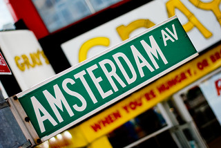 Amsterdam Av