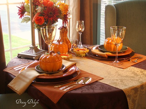 dining delight fall decor 2009. Black Bedroom Furniture Sets. Home Design Ideas