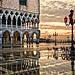 E l'Alba bacio' Venezia- And the dawn kissed Venice by carlo tardani