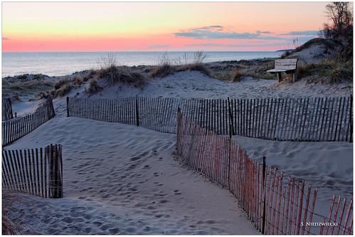 sunset beach sand michigan dunes shoreline lakemichigan greatlakes muskegoncounty stacyniedzwiecki stacycossolini puremichigan