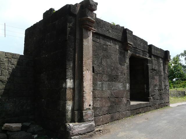 Header of bhangi
