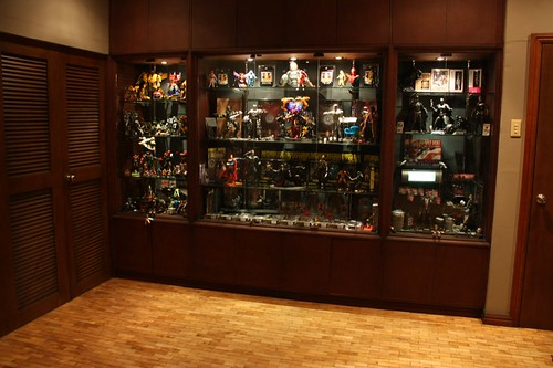Charmant Looking At Some Toy Display Cabinets Azrael39s Merryland