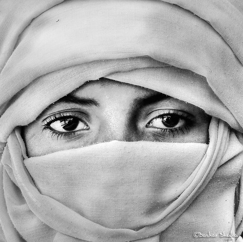 Veiled Tuareg Young Man !