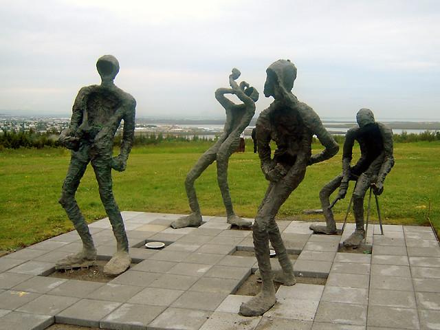 Reykjavik - Perlan statues