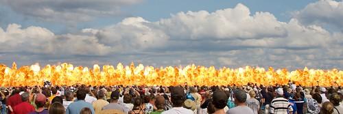 wisconsin fire explosion 2009 eaa oshkosh airventure canon40d