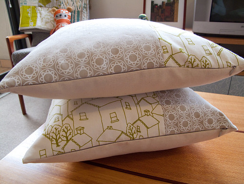 kirin notebook the blog of lara cameron how to sew a cushion cover with an invisible zip a. Black Bedroom Furniture Sets. Home Design Ideas