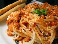 produce(0.0), spaghetti alla puttanesca(1.0), bucatini(1.0), spaghetti(1.0), pasta(1.0), pasta pomodoro(1.0), bolognese sauce(1.0), naporitan(1.0), pici(1.0), food(1.0), dish(1.0), carbonara(1.0), cuisine(1.0),