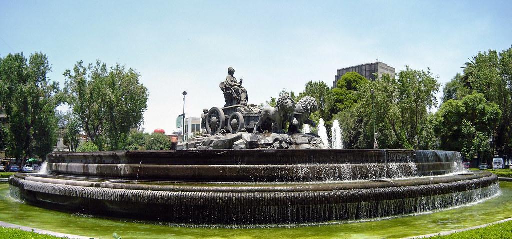 Fuente de Cibeles en la Ciudad de México
