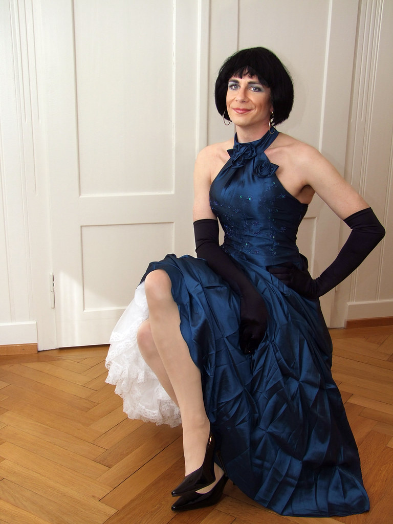 Transvestite evening dress