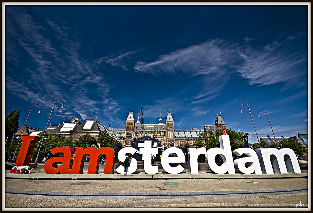 i amsterdam - The Polka Dot Chair