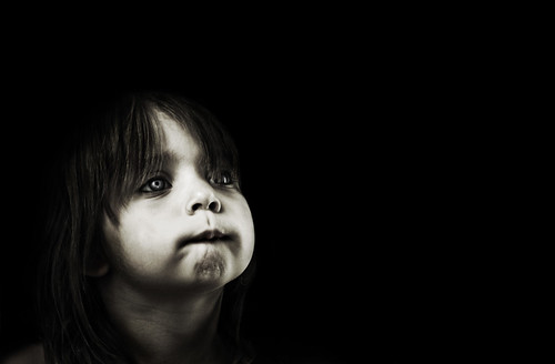 [フリー画像素材] 人物, 子供 - 女の子, モノクロ ID:201303271200