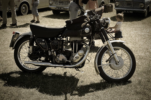 classic-motorcycle--0128
