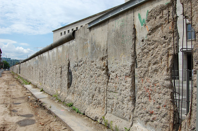 famous walls around the world