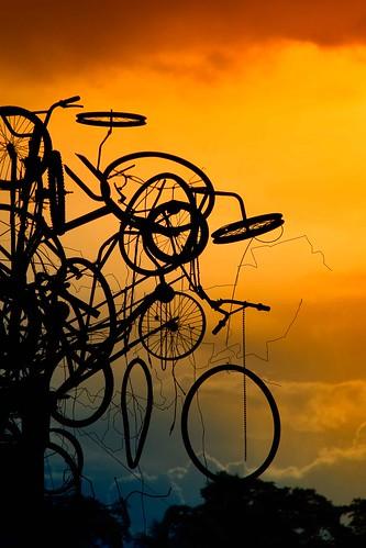 sunset sky art silhouette mobile fun george artwork transport bikes bicycles explore installation transportation mateo gregorio metallurgy thk explored thehousekeeper earthasia georgemateo gregoriomateo gcmateo