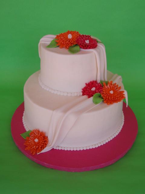 gerbera daisy wedding cakes white draping gerbera cake flickr photo 14667