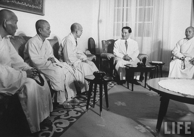 Sep 1963 - President Ngo Dinh Diem talking with a delegation of Buddhist monks from the Union Committee for the Defense of Pure Buddhism at Gia Long Palace
