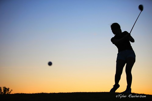 sunset girl silhouette golf nc north carolina links golfer hollyridge archdale katiewiggins