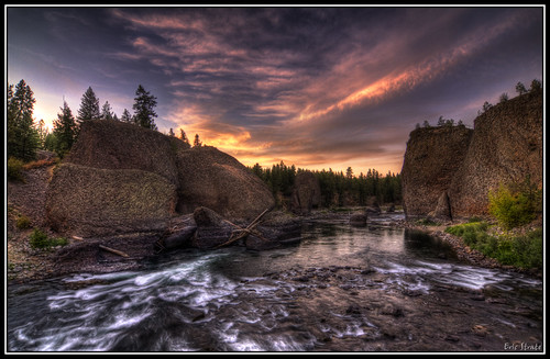 Landscape Boulders Spokane : Bowl and pitcher riverside state park a photo on flickriver