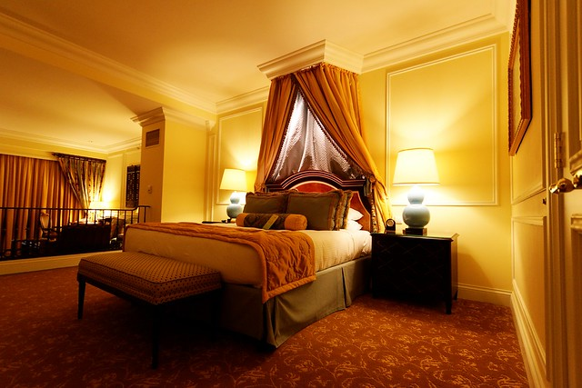 yellow color design decorate bedroom interior how to tips luxury hotel