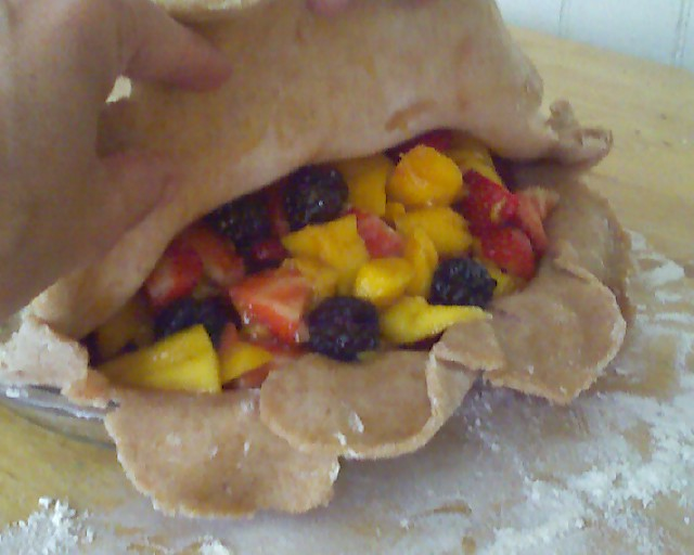 Strawberry-mango-blackberry pie | Mmm, pie | By: Ro'smom | Flickr ...