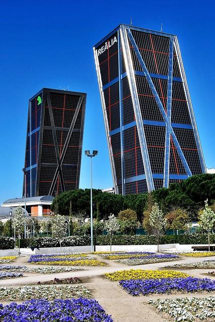 02 plaza castilla torres kio jardines canal yii 17100 a - Torres kio arquitecto ...