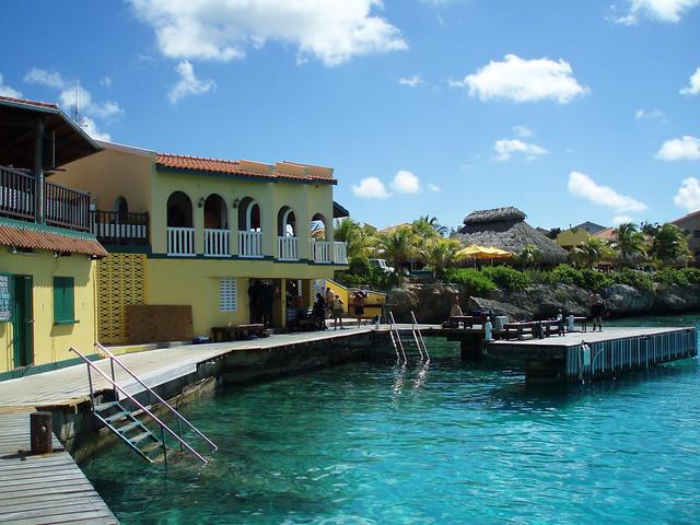 Bonaire buddy dive resort - Bonaire dive resorts ...