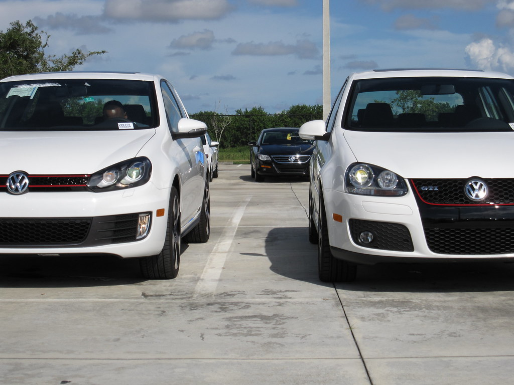 mkv vs mk6 gti which is better looking you decide cw content poll pics vw gti forum. Black Bedroom Furniture Sets. Home Design Ideas