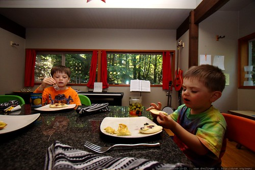 brothers eating blueberry pancake breakfast c/o chef juls    MG 5336