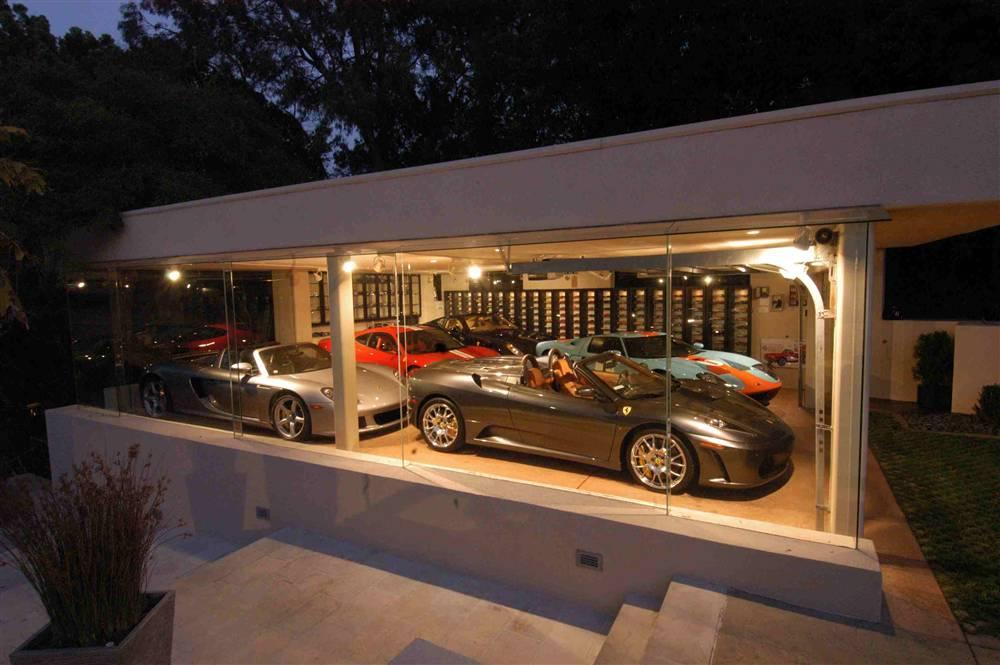 World 39 s most beautiful garages exotics insane garage for Costruendo un garage per 3 auto