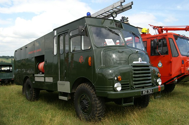 1956 Bedford Green Goddess Fire Engine | Flickr - Photo ...