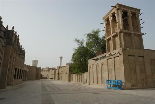Qué ver en Dubai: Dubai ha sabido reinventarse, ... a creado su propia historia de un lugar en el que no había nada ... creando una especie de ciudad antigua ..  qué ver en dubai - 3840498256 bba1dd3ebe - Qué ver en Dubai, el oasis inacabado