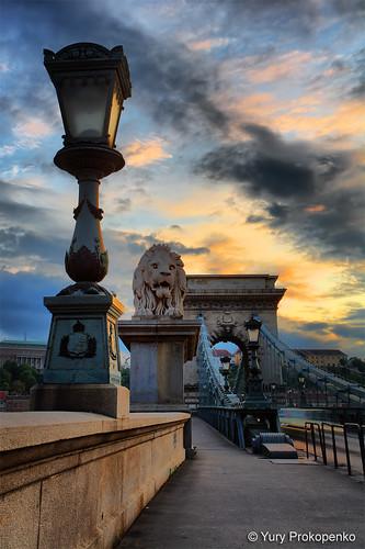 Budapest, Hungary :: Széchenyi Chain Bridge